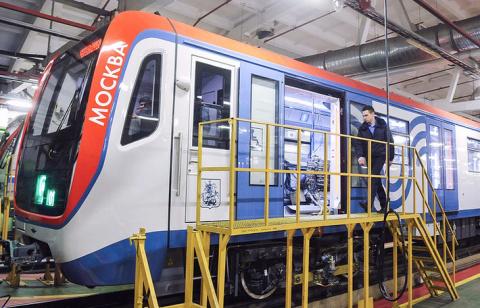 """Поезд нового поколения """"Москва"""" успешно завершил приемочные испытания в метро"""