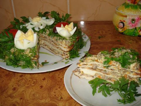 """закусочный тортик """"Поляна"""" (коржи из куриного фарша) Нежно и вкусно!"""