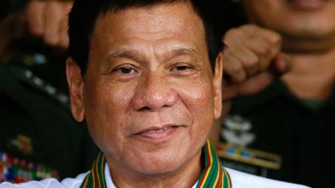 """Президент Филиппин сказал США """"Пока - пока"""""""