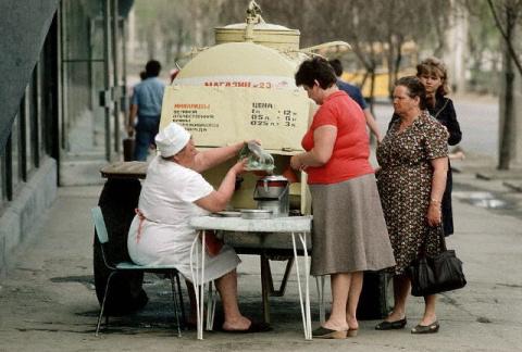 О жизни советской. И хотите …