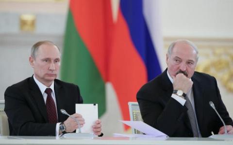 Лукашенко потребовал допустить наблюдателей НАТО на учения с Россией