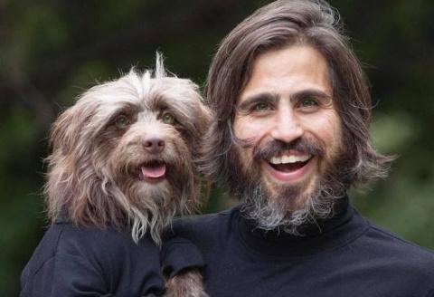 Как две капли: хозяин и его пес нереально похожи друг на друга!