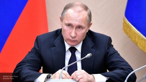 Владимир Путин взял под контроль борьбу с суицидом подростков