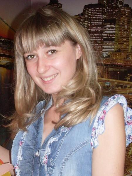 Анна Махаринец