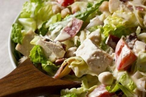 Шопский салат с заправкой