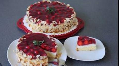 Домашний торт с клубникой