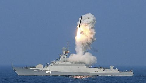 Вот что «Калибры» животворящие делают: Обама испугался российского флота?