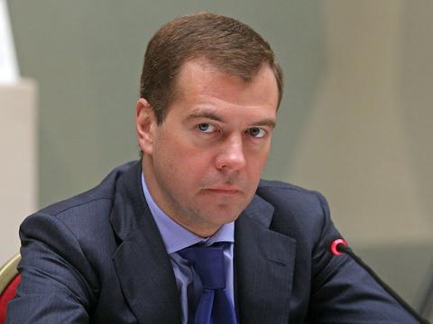 Медведев остался на своем по…
