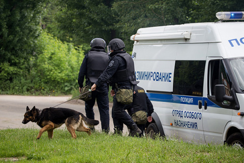 На дозвоне: Россию напугали волной телефонного терроризма