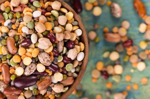Лобио, фасолада и оливье. Сытные блюда из бобовых для Великого поста