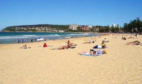 На пляже всегда видно больше…