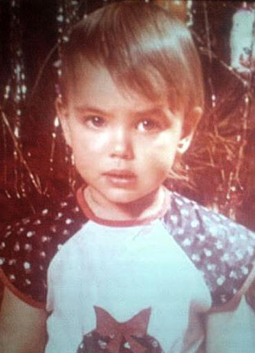 В детстве ее дразнили в школ…