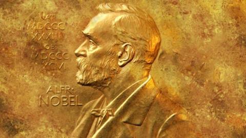 Нобелевский комитет снова уд…
