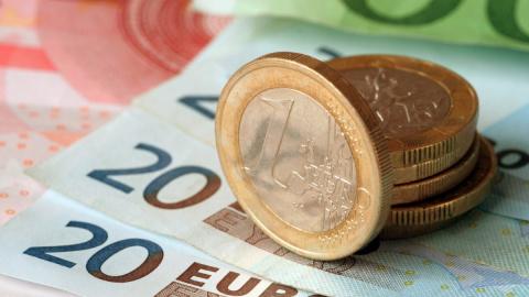 Курсы валют и цены на нефть на 25 июля