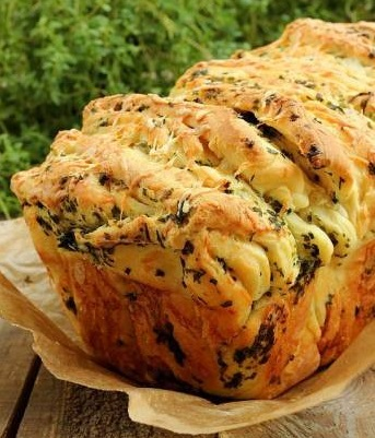Рецепт отрывного хлеба - вкуснейший хлеб с сыром и зеленью