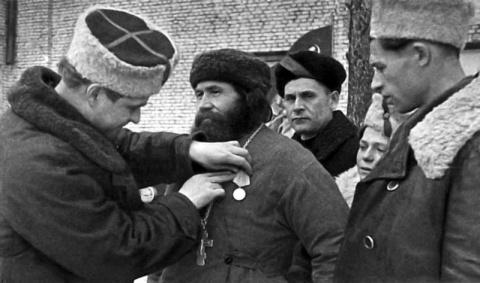 Как во время войны Сталин ле…