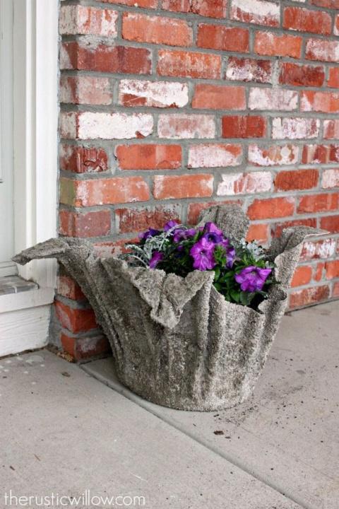 Для вашего сада - кашпо свои…
