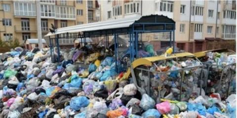 Во Львове готовятся к эвакуации детей из-за мусорного коллапса
