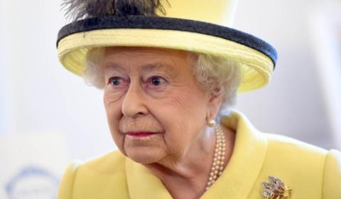 В смерти Елизаветы II обвинили русских