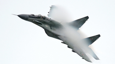 Николаевских летчиков учили …