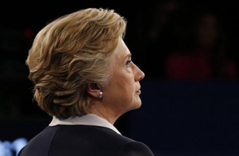 Клинтон на встрече со спонсорами обвинила Путина в своем проигрыше