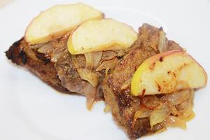 Вкусная Говяжья печень с ябл…