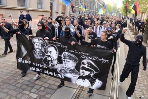 Отчаяние киевлянки: «Быстрее бы Захарченко пострелял нашу проклятую хунту»