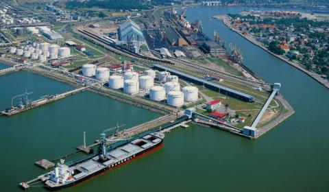 СМИ: Россия осушает порты Прибалтики