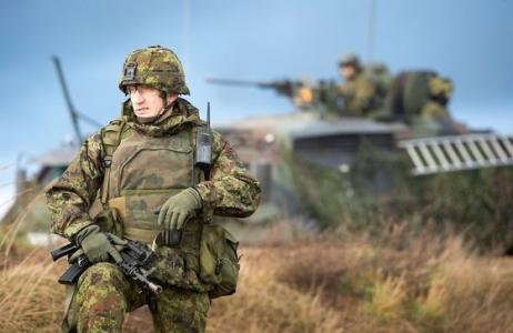 НАТО не по карману: Европа п…
