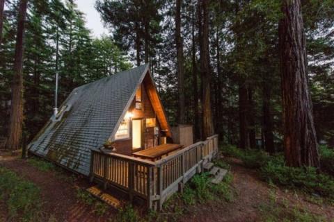 Они превратили этот крошечный домик в сказочное жилище