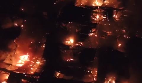 """Появилась видео воздушной панорамы пожара в ТЦ """"Синдика"""""""