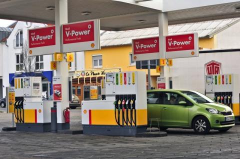 Разговор на немецкой бензоколонке