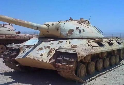 Танк ИС-3 «побитый» 105-милл…