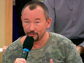 """""""Я тоже убивал  людей"""": ведущий """"Первого канала"""" шокировал громкими признанием в эфире"""