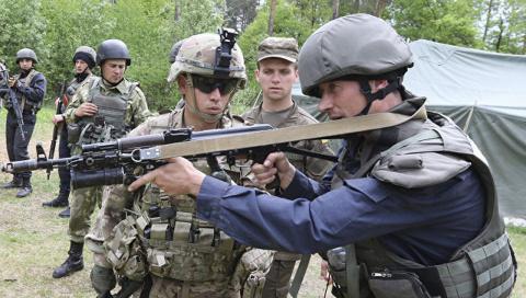 Оружие, которое США поставят Украине, будет стрелять в обоих направлениях
