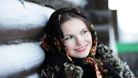 Отличие девицы от замужней женщины на Руси