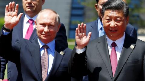 Москва и Пекин дают понять Западу — будущее за ними, передаёт BBC