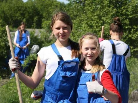 Опрос: 92% российских школьников заявили о желании работать или стажироваться