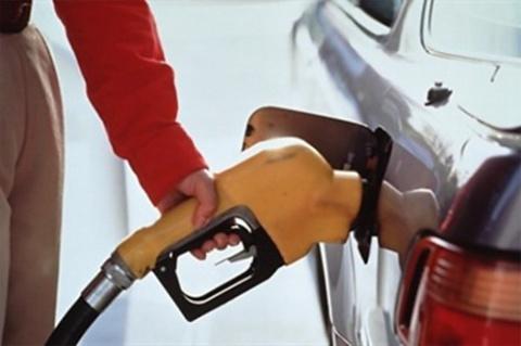 Дворкович: Бензин в России подорожает на 6-10%