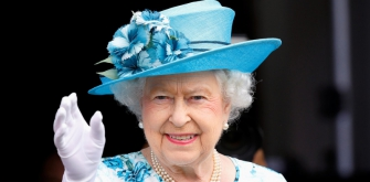 Возвращение британской королевы