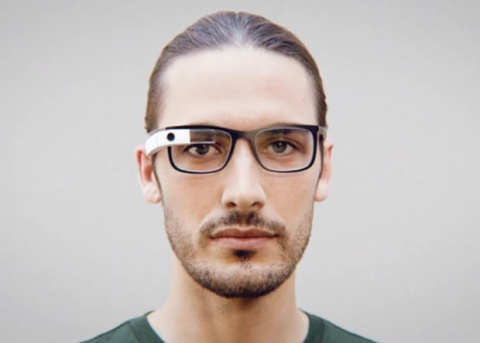Очки Google Glass получили первое обновление за три года