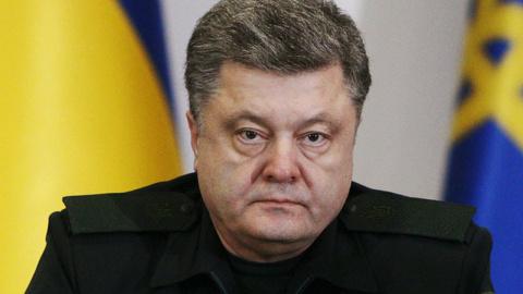 Не сумев снять блокаду Донбасса, Порошенко решил ее возглавить