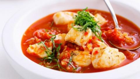 Томатный рыбный суп с сельде…
