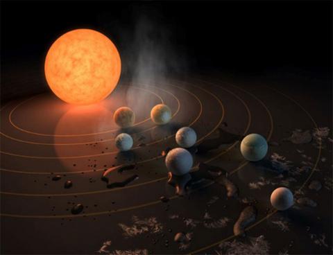 Есть ли жизнь у звезды TRAPP…