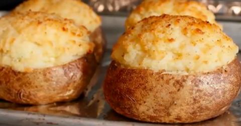 Фаршированный картофель: простое блюдо, достойное восхищения!