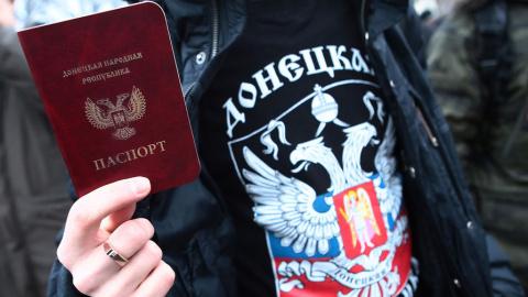Русские своих не бросают !