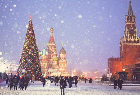 Принять участие в новогодних…