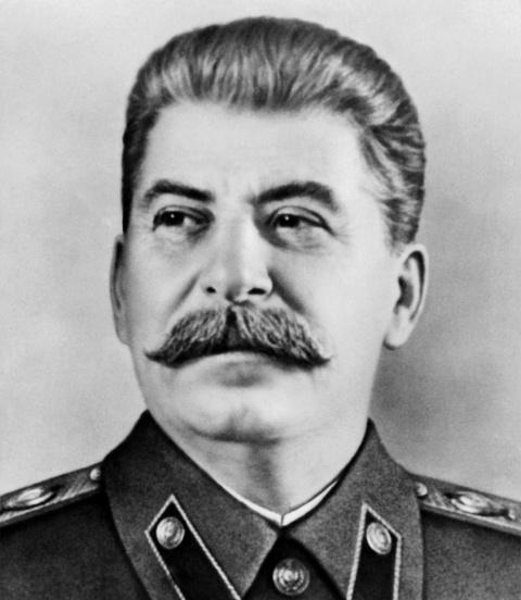 Невероятная история про Сталина, бабочек и танки