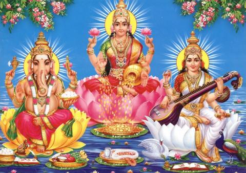 Как выглядят индийские боги …