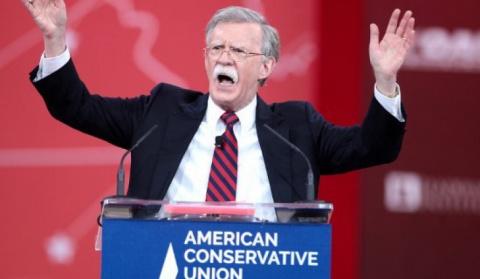 """Экс-посол США в ООН: Введенных санкций недостаточно, русские должны """"почувствовать боль"""""""